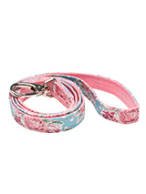 Vintage Rose Floral Fabric Lead - Here at Urban Pup our design team understands that everyone likes a coordinated look. So we added a <br />Vintage Rose Floral Lead to match our Vintage Rose Floral Harness, Bandana and collar. This lead is <br />lightweight and incredibly strong.