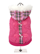 Highland Lady Quilted Tartan Coat - This is a first in a range of coats that pay homage to those great British designers who have led the way with floral, stripped and checked patterns making them more popular than ever. This multi layered coat with detachable hood will keep the heat in and the cold out come what may and the colour wi...